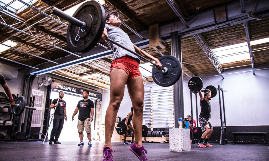 10 Crossfit Pros and Cons You Need to Know
